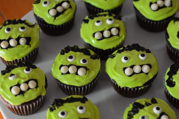 Easy Incredible Hulk or Frankenstein cupcakes