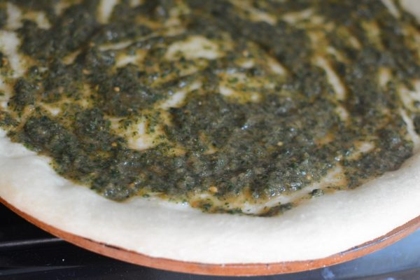 easy homemade pizza sauce with spinach