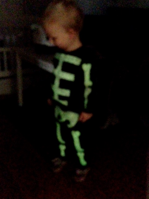 glow in the dark skeleton costume & Homemade toddler skeleton costume | living on grace