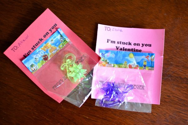 Easy DIY Valentines for kids Sticky hand valentines